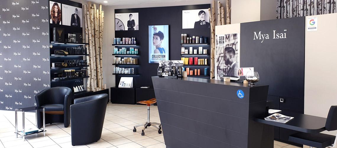 Salon de coiffure Villiers sur marne 94350 Accueil attente et revente - Homme Femme Enfants - Coiffage Technique Coloration Balayage Mèches Permanentes Lissage Brésilien et lissage japonais