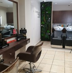 Salon de coiffure rue Championnet 75018 Paris près métro guy moquet, avec et sans RDV